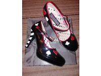 Funtasma shoes size 7