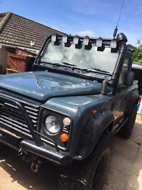 Land Rover 90 - Defender Off Road Kitted