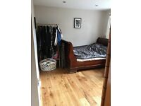 Fantastic double room fully furnished own shower and bath oak flooring perfect location do not miss!