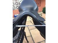 Black Country jump saddle