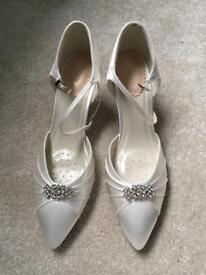Brand new 7 bridal shoes