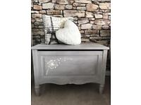 💕 Wooden Storage / Blanket Box / Ottoman