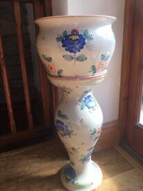 Tall plant pot holder