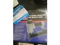 Sealey 13-32MM capacity air staple gun