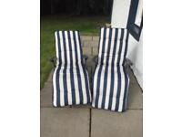 Sun loungers Garden chairs