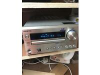 Onkyo cr-525ukd micro hifi system dab CD player usb