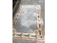 Large rug , great design . 100% Woolen Rug Size 245cm x 150cm Feel free to view