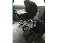 Emmaljunga Pram with 4+months seat and cosy toes.