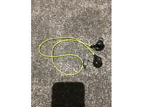 Running ear phones bluetooth connect