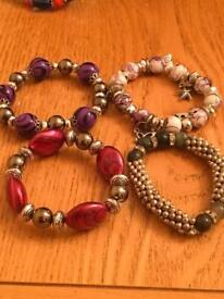 Set of 4 bracelets fit all sizes