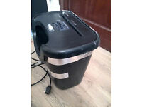 Fellowes P-45C Cross Cut Shredder & Bin A4