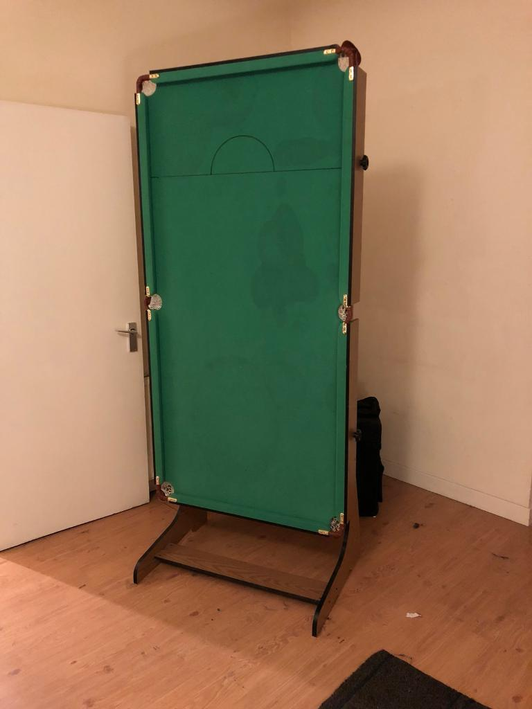 6ft pool/ snooker table