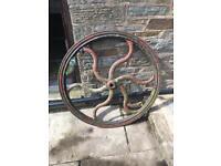 Wagon wheel waggon wheel