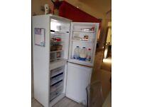3 months old fridge/frizer hot point RFAA 52p