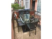 Lovely Italian dining set with 6 chairs good condition
