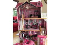 Barbie playhouse and bundle
