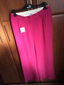 New authentic women's Moschino silk mix trousers uk 14