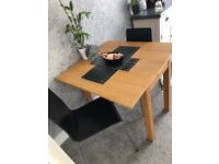 Dining room table and x4 chairs - extendable from 2-4