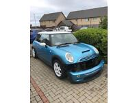 Mini Cooper s 2002 whole car for sale non runner breaking salvage spares or repair