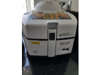 BRAND NEW DELONGHI AIR FRYER IN WHITE