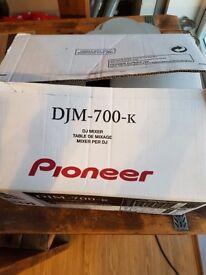 Pioneer DJM 700 k