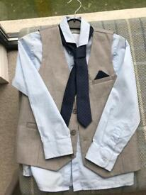 Next boys suit size Age 7 Years