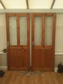 2 x internal doors