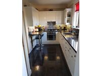Kitchen for sale in great condition. Including hob oven and extraxtor