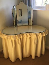 Pretty kidney shaped dressing table
