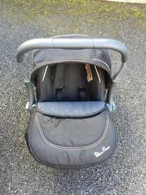 **BRAND NEW** Silvercross car seat for sale