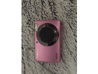 SAMSUNG DIGITAL CAMERA - PINK