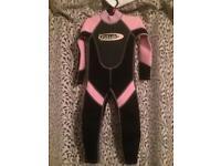 """Child's wet suit 21"""" chest aged 3ish"""