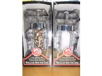 """Salt and pepper mill, William Bounds """"Elegance"""", new."""