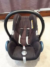 maxi cosi cabriofix baby car seat & easyfix base