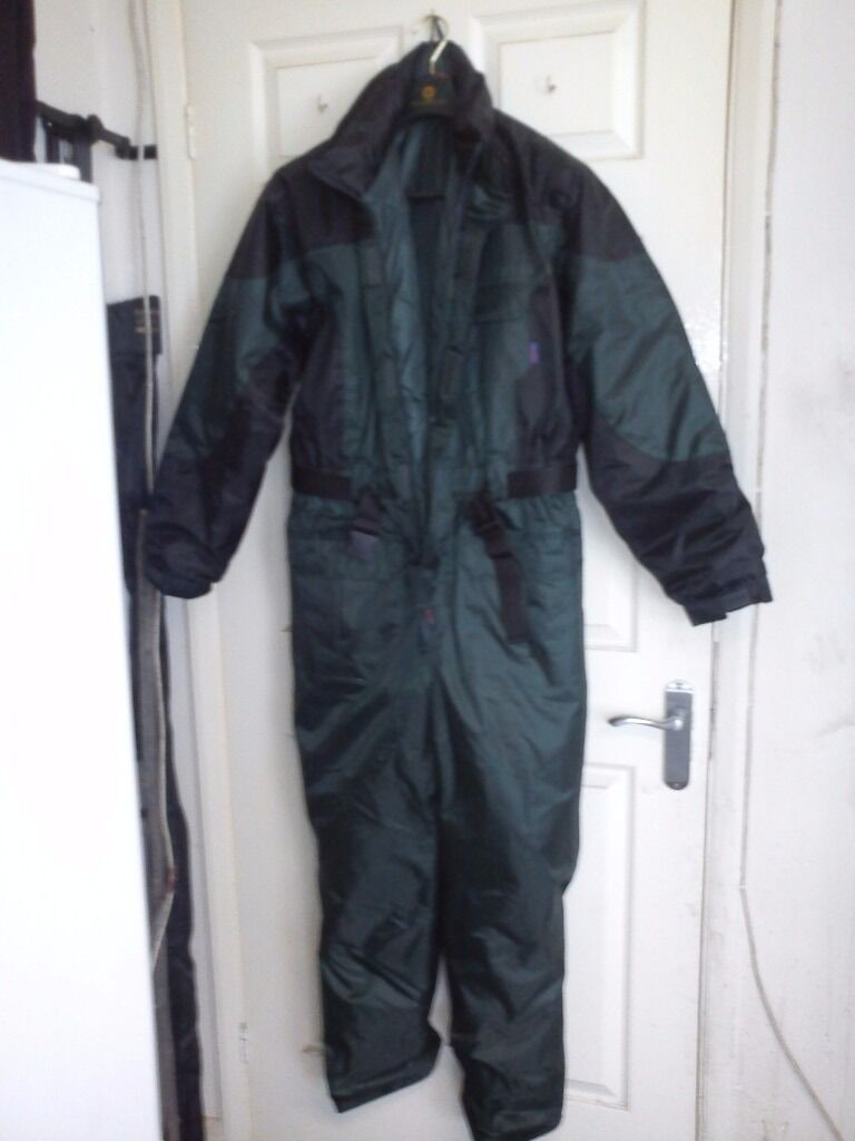 One Piece Thermal Insulated Suit  556ca0a4206