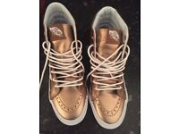 Vans off the wall 4.5 rose gold