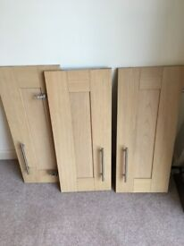 Shaker style Kitchen units and doors - light oak - Perfect condition