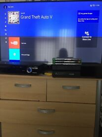 Xbox one (Black) + 1 Controller + 3 Games