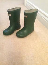 Kids hunter wellies size 8