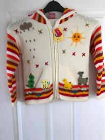 Knitted Hoodie. Peru