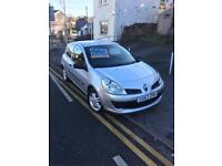 57 plate Renault Clio 1.5 dci diesel, £30 tax lovely car