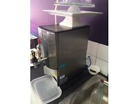 east London a Filterflow Automatic Water Boiler for slae