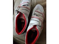cycling shoes size 11 eur 46 with look keo classic 2 pedals with cleats set used once