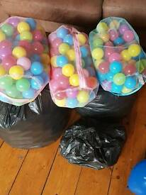 Ballpit balls- ideal for parties and children
