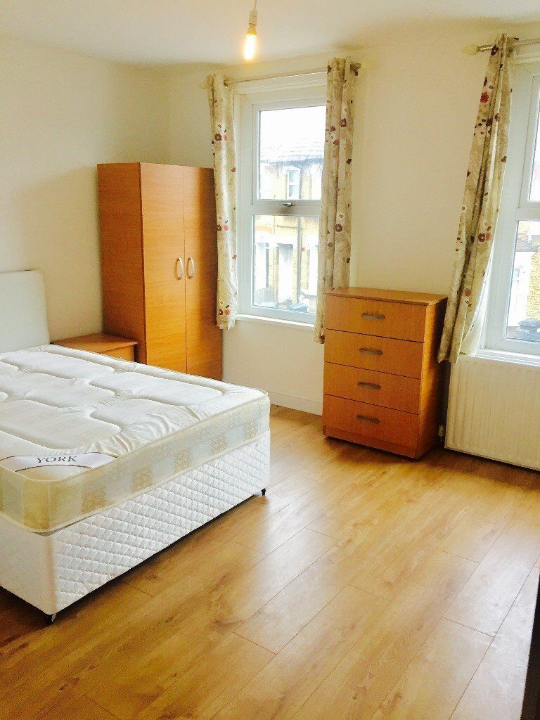 Nice Large Double Room in Newly Refurbished HOUSE SHARE**2 BATHROOMS** **ALL BILLS INCLUDED** **