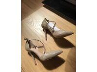Carvela high heel dress shoes