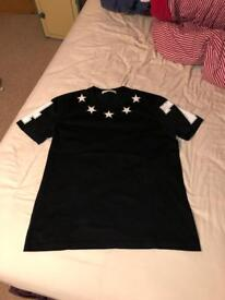 Men's Givenchy tshirt XL
