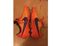 Men's football boots size 9