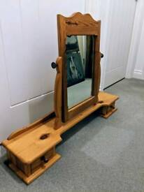 Pine dressing table mirror with drawers