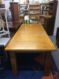 Lovely solid oak large dining room table
